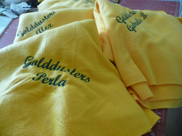 Goldduster's Fleece Throws